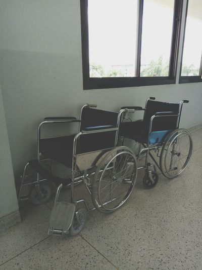Wheelchairs donated to the disabled WhellChair Whellchairtennis Disabled Sign Disabled Access Disabled Hospital Health Care Window Bicycle Rack Hospital Ward