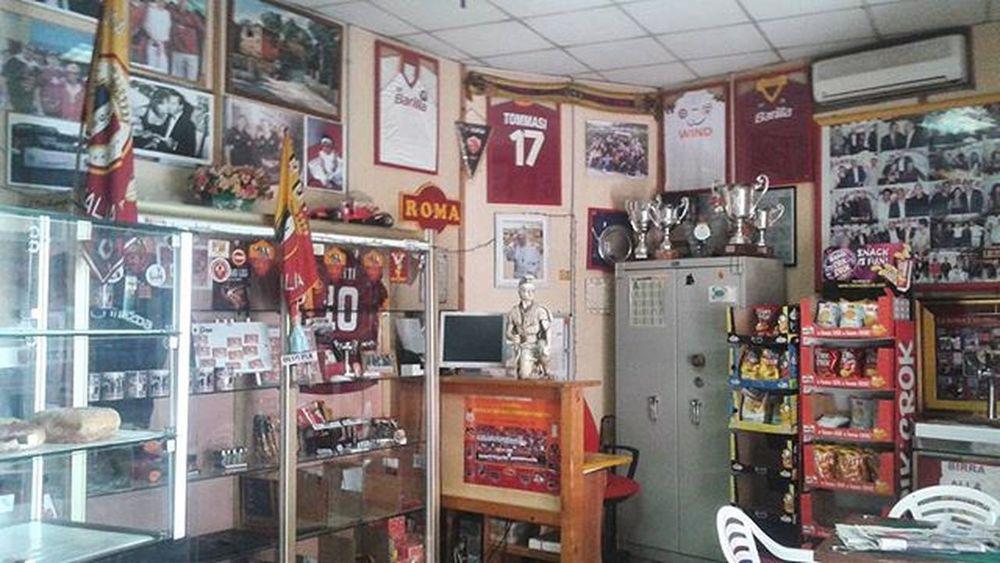 Roma 1maggio2015 Garbatella BarDeiCesaroni Remember Forzaroma 💛❤
