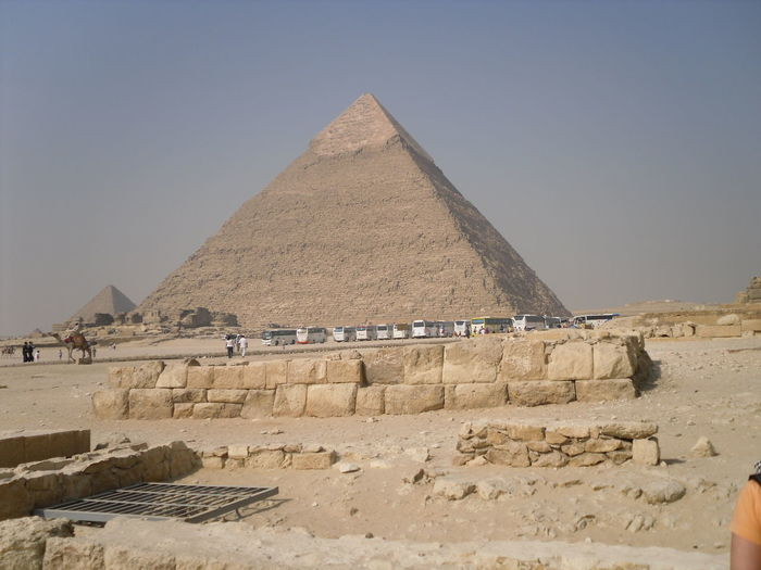 Great pyramid of giza on field