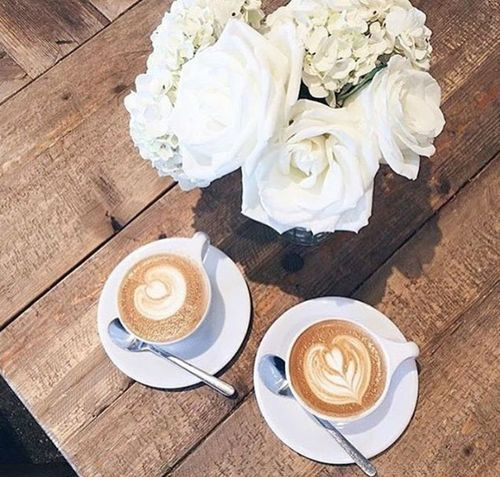 Good Morning Good Times Coffee ☕ EyeEm Gallery Deliciuos Flowers Moments Foodphotography Breakfast Lovecoffee Roses Flowers  Whait_rose