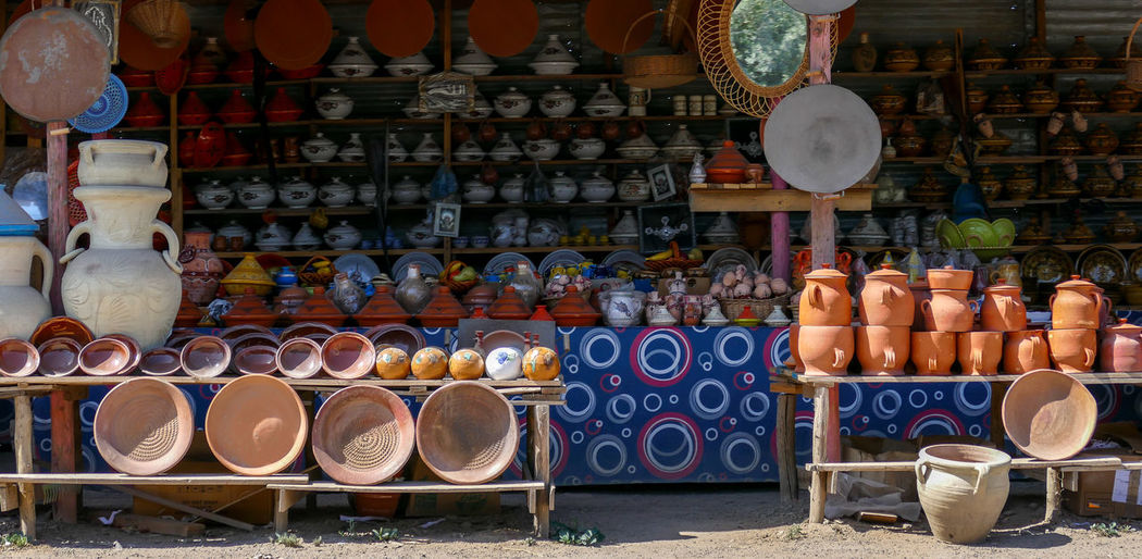 Algeria Arabian Arabic Ceramic Berbere Berbervillage Ceramic Art Ceramica Ceramics Ceramicshop Colored Ceramic Market Market Colors Market Stall Market Stand Retail  Store Art Is Everywhere Mix Yourself A Good Time An Eye For Travel