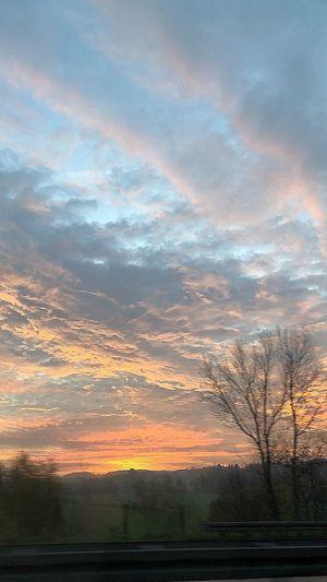 BeautifulSunRise Morning Sky Autumnsunrise Sunrise_sunsets_aroundworld Sunrise_Collection Sky Cloud - Sky Beauty In Nature Scenics - Nature Tranquil Scene Idyllic Landscape