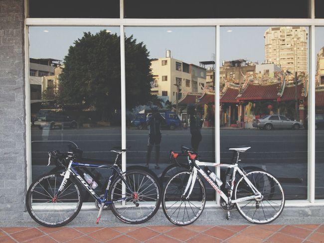 美好的一日 Cafe Latte Enjoying The View Beautiful Nature Enjoying Life Walking Around Bikes