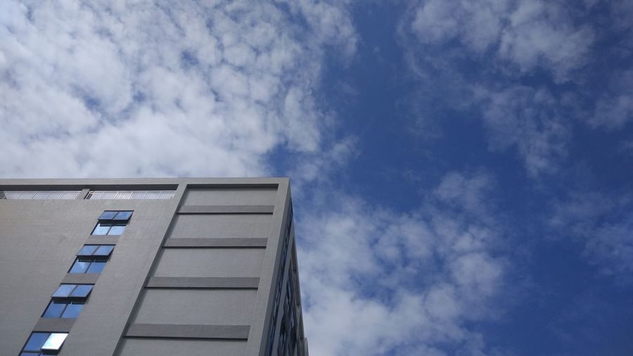 Sky Day No People Low Angle View Outdoors Architecture Buildings No Edit/no Filter MIphotography