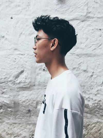 Eyeglasses  Young Adult One Person Confidence  EyeEm PhillipinesPortrait Sideview Cool Attitude Handsome The Week On EyeEm Portrait Photography