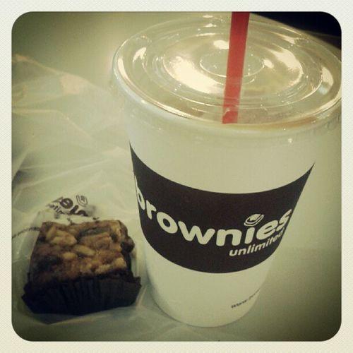 Favorite :) Brownies Walnutswirl Nescafeice