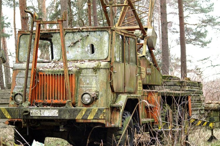 Hanging Out Rusty Rustic In The Woods Rusty Metal Rat Rods Rat Rod Car Wrack Autowrack Brandenburg Rustycar Rusty Old Machine Rusty Truck Rusty Abgestellt Nature_collection Back To Nature Old Car Old Cars ❤ Car Truck Truckerslife Trucks Life Truck Life Old Car Life