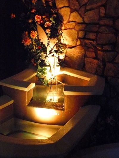 Roses Eluminated Angel Water Fountain Water Feature Streaming Blooming Light Beam