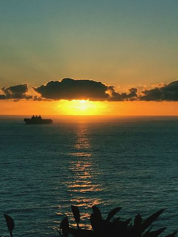 Welcome home Sunrise_sunsets_aroundworld Warship Navy Military