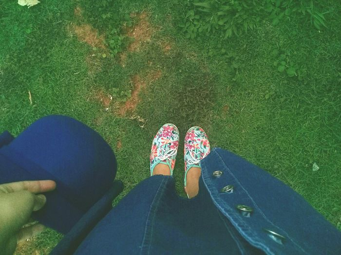 Foot. Colors. Fashionstories Foot Colors Green Girl Simplicity Nature Peace Braziliangirl Dress Shoe Personal Perspective