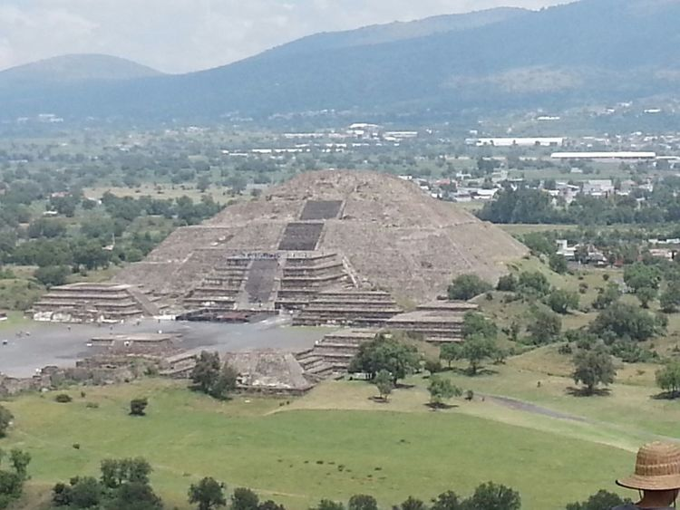 Pirámide de la luna. Teotihuacan Taking Photos Hello World RePicture Travel Traveling Architecture Mexico