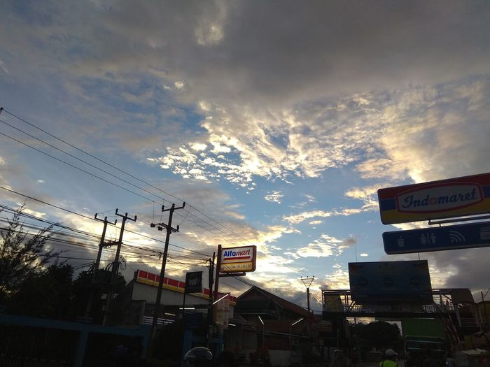 Afternoon at Indomaret Sky Indomaret Alfamart Afternoon Light Beautiful Light Maghrib City Sky Architecture Cloud - Sky Building Exterior