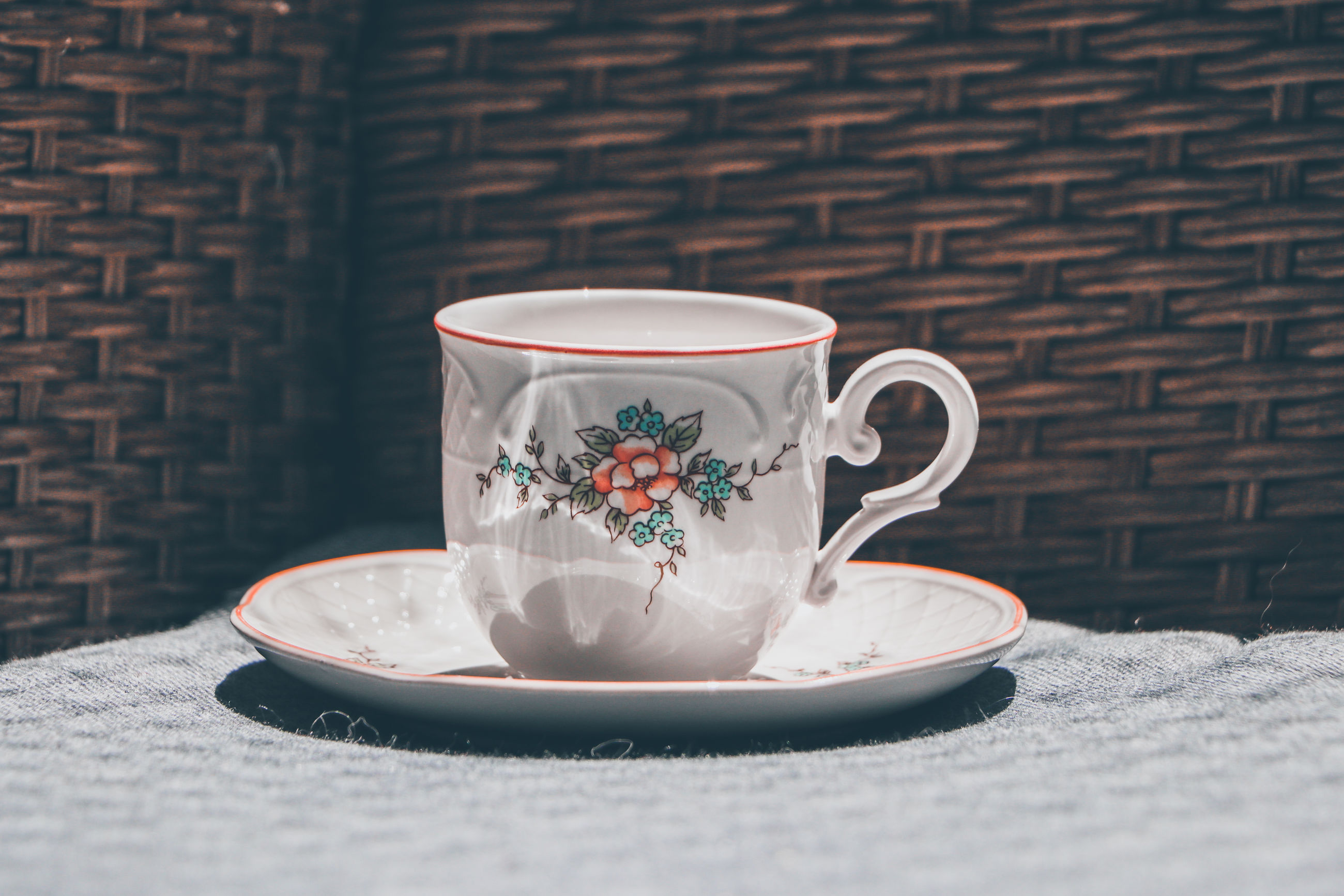 cup, mug, saucer, brick wall, drink, food and drink, coffee cup, brick, hot drink, wall, crockery, refreshment, tea cup, tea, coffee, serveware, table, no people, tableware, still life, ceramic, freshness, food, porcelain, pattern, indoors
