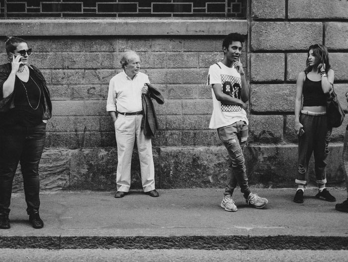 Street Photography Black & White Streetphotography Full Length Real People Group Of People Men People Standing The Art Of Street Photography City Day Lifestyles Togetherness Transportation Wall - Building Feature Street