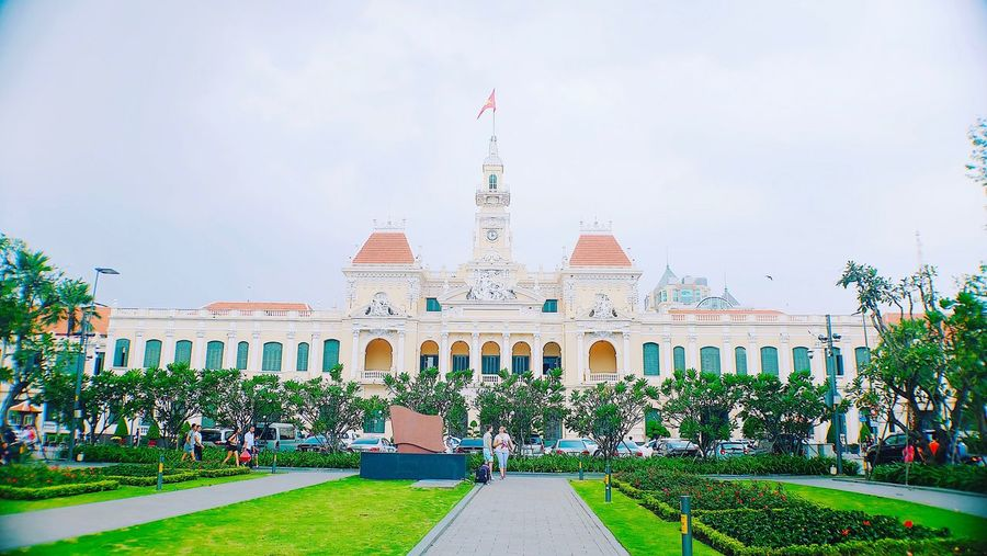 Ho Chi Minh statue Government Building Exterior Architecture Outdoors Sky Tree No People Day