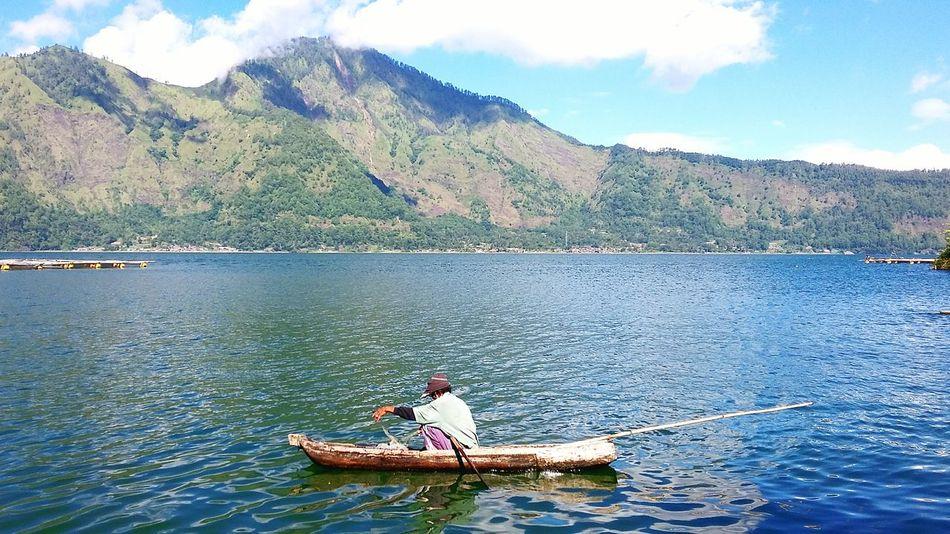 Fisherman Fisherman Boat Fisherman's LifeOccupation Greatday Mountain Gunung Batur, Bali Batur Mountain Danau Batur Batur Lake Bali Bluesky & Cloudes Landscape Nature