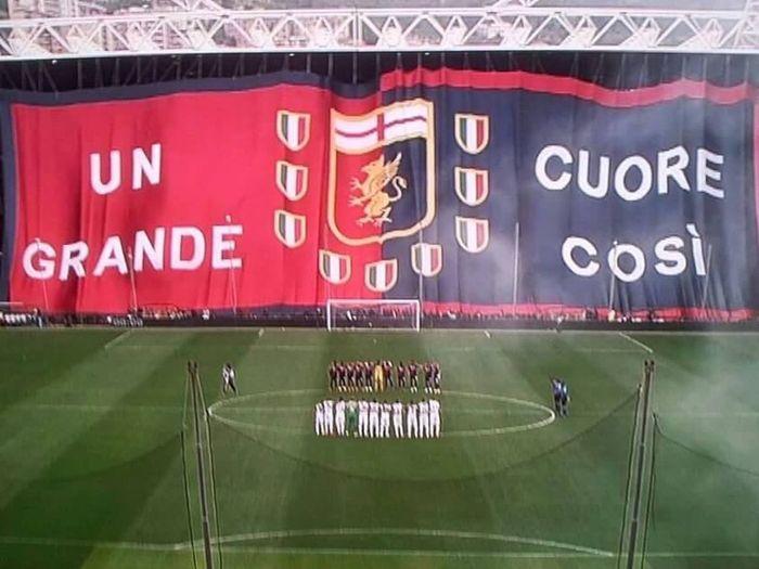 UN CUORE GRANDE COSI Footballfan Calcioitaliano Football Stadium Football
