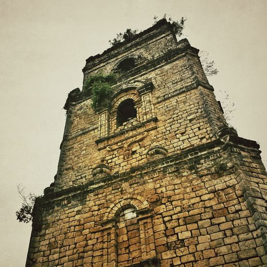 paoay church bell tower || Travels Pilipinas History Architecture Baroque Earthquake Baroque