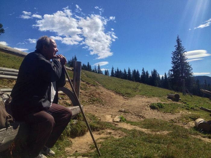 One Person Real People Adventure Hiking Sky Leisure Activity Nature Landscape Lifestyles Tree Men Standing Outdoors Day Beauty In Nature Adult People Carpathians Mountains And Sky Connected By Travel EyeEmNewHere Be. Ready. EyeEmNewHere