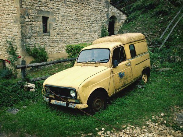 Renault 4 Beynac Vintage Cars