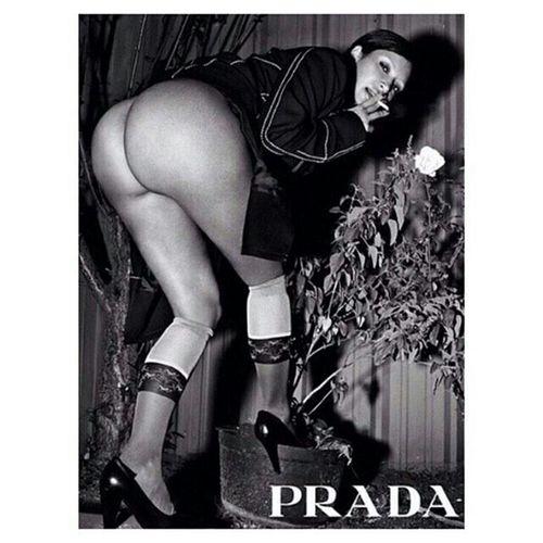 📷 Remembering: Kimkardashian: Magazine Revista Prada Fortheloveofblackandwhite Italy Milan Kardashians Rome