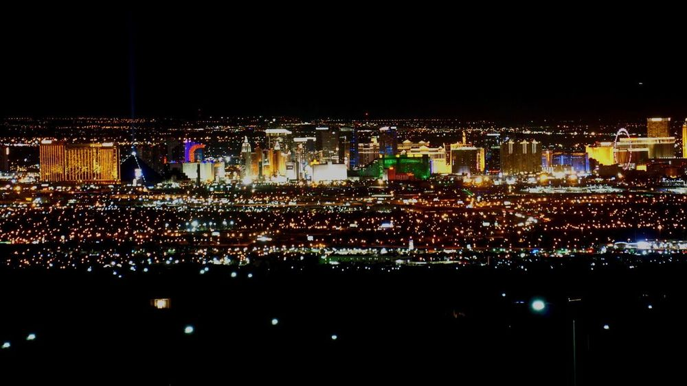 Stripped. Night Illuminated Cityscape EyeEmNewHere Las Vegas Sin City City Life City Lights Nevada Desert Lights Nightlife Nightphotography Night Lights SinCity Casino EyeEmNewHere