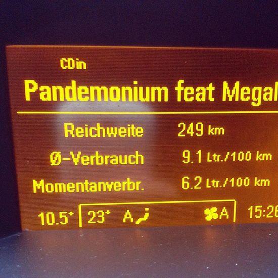 Pandemonium - Samy Deluxe mit Megaloh im Autoradio Dauerrotation Mixtape