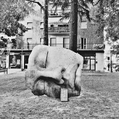 Sculpture Statue City Outdoors Art Photo Blackandwhite Photography Clicknew Urban Streetart Streetphotography Street Eye4photography  UrbanCaos