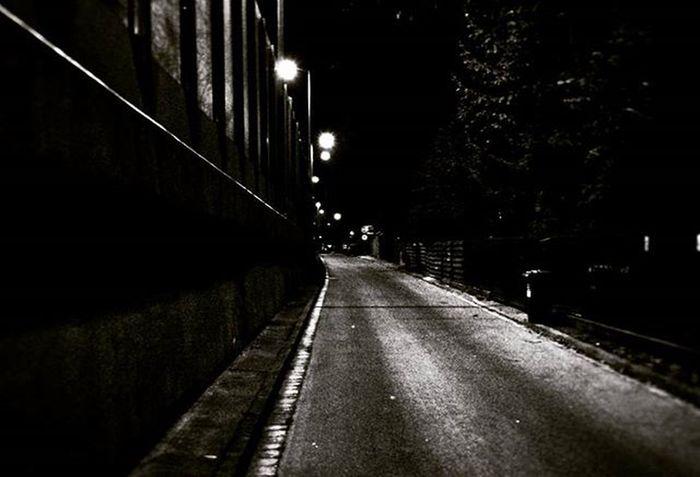 The fear... Igers Igerspolska Igerspoland Igerswrocław Igerswroclaw Wrocław Wroclaw Wroclove Polska Poland Dolnyslask Dolnyslask Lowersilesia Insta Picofthenight Night Noc Road Droga Blackandwhite Przystanekd Przystanekdolnyśląsk Przystanekdolnyśląsk Lights Swiatlamiasta światła wroclovers