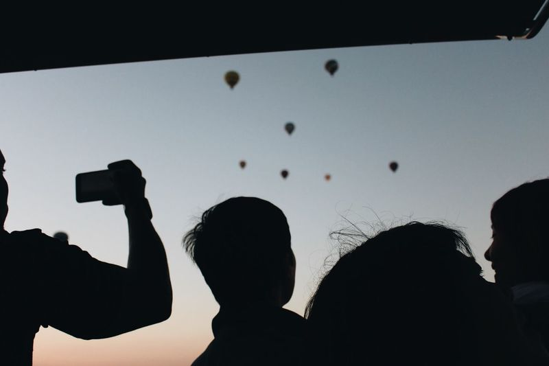 Silhouette Real People Photographing Activity Photography Themes Leisure Activity Lifestyles People Group Of People Sky
