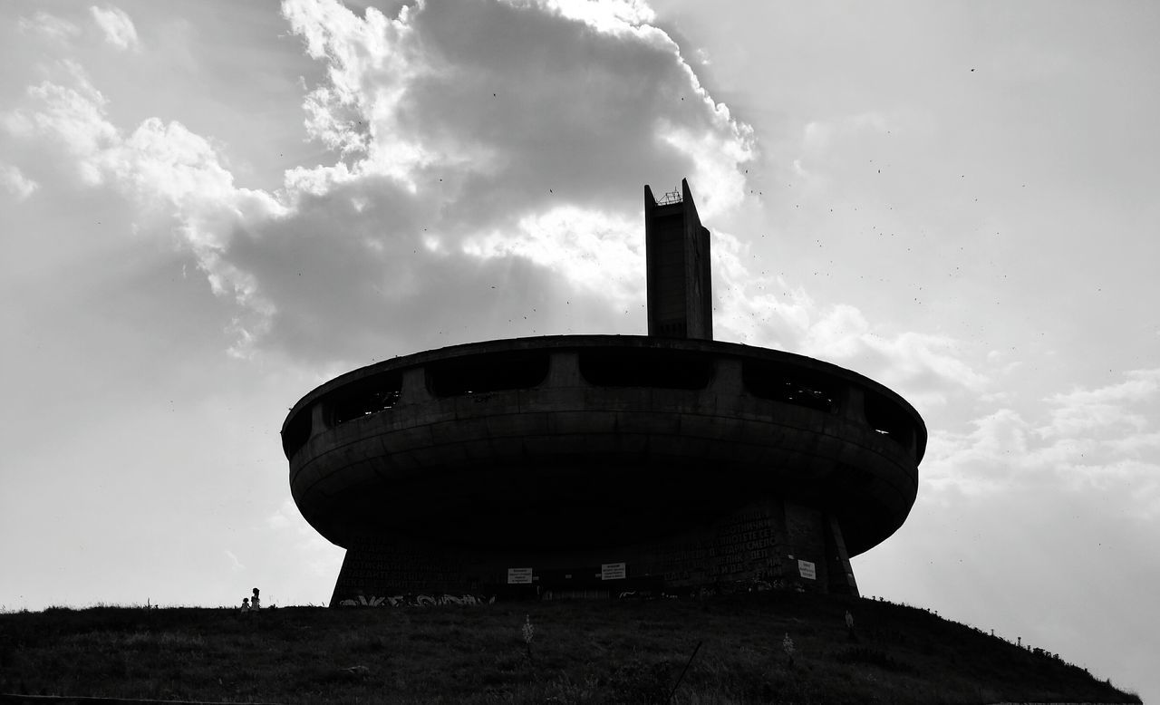 Birds In Flight Buzludzha Communist Monument Communist Architecture Monument Ruins Huawei P9 Plus Black And White Old Ruin Bright Past