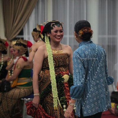 TAWA Oyikk Worlddanceday Solovely Instadaily indonesia dance dancers javanese