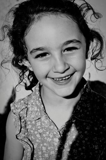 Portrait Smiling Child Toothy Smile Looking At Camera Human Face Sharelove People Findtoshare Portrait Photography Blackandwhite Goodvibrations