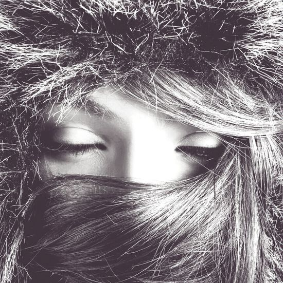 Eyes Shooting Hair Blackandwhite Portrait Winter Girl Canon Bw_portraits Get Close