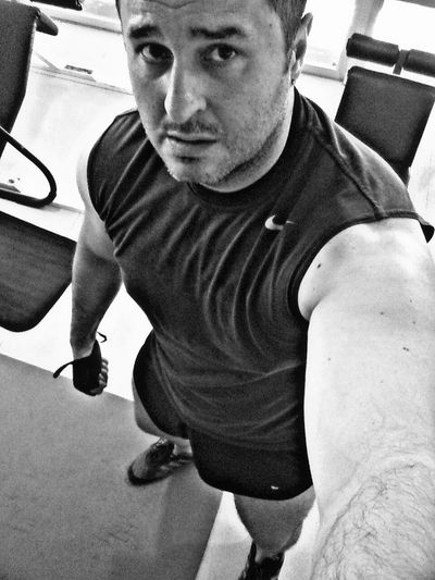 At gym Gym Summer Selfie ✌ Gay Gayboy That's Me Sports Photography Blackandwhite Españoles Y Sus Fotos