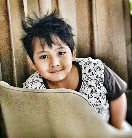 Children Visualstoryteller Emotions Captured Emotions Photography Portrait PhotographyJust woke up look :) Boys