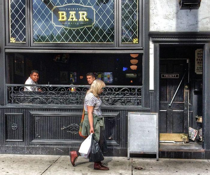 People Watching Bar Streetphotography Streetphoto_color