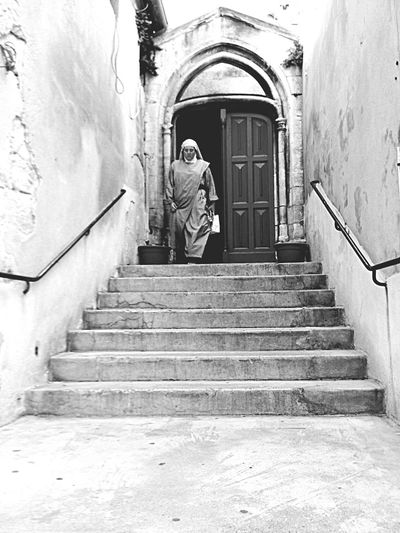 Collégiale saint-agricol en Avignon 84 France Francia Beautiful Monochrome Blackandwhite EyeEm Best Shots - Black + White Church Monument History Architecture Tranquil Scene Scenery EyeEm Best Shots IPhoneography Streetphotography Taking Photos Photography EyeEm Gallery My Favorite Photo Here Belongs To Me Urban From My Point Of View Memories Outdoors