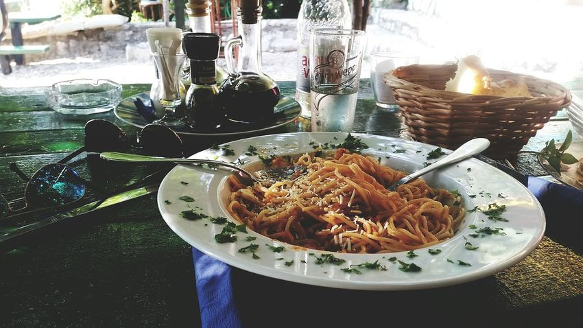 Lunch Time! Lunch Spaggeti 43 Golden Moments On The Way Lovely Sea Beautiful Live Blue Sky Summer ☀ Lovelovelove Sky And Clouds Sunset Relaxing People Watching Drinks Beauty Enjoying The View Enjoyment People Friendship Blu Enjoy Life
