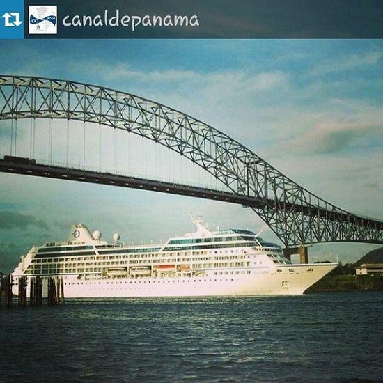 Repost from @canaldepanama with @repostapp — ¡Interesante! La construcción del Puente de las Américas inició el 23 de diciembre de 1958. Historia Panamá PanamaCanal canaldepanama Canal100