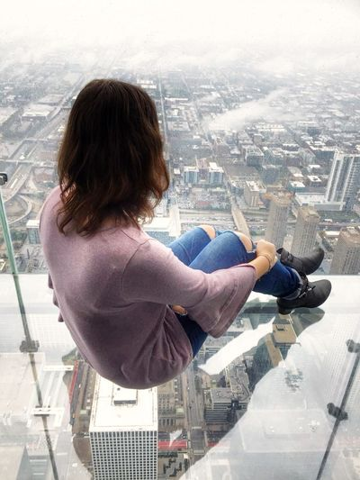 Cityscape Only Women One Woman Only One Person Adult Window People Young Adult Urban Skyline City Outdoors Awesome Check This Out Enjoying Life Aupairlife Enjoying The View Good Times Sky Skydeck Chicago Chicago Architecture Chicago Skyline Willistower Willis Tower- Skydeck Lovethisview