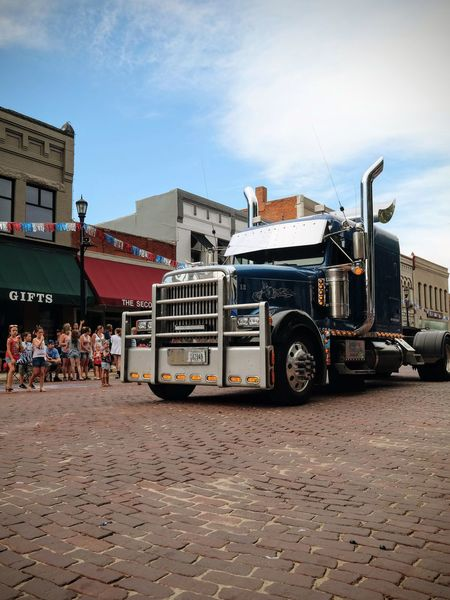 Visual Journal July 2017 Seward, Nebraska Big Rig Camera Work Event Fujinon 10-24mm F4 Main Street USA Nebraska Photo Essay Rural America Seward, Nebraska Small Town America Visual Journal Architecture Auto Portrait Autoportrait Building Exterior Built Structure Chrome Day Fourth Of July Independence Day Land Vehicle Large Group Of People Men Outdoors Parade People Photo Diary Real People Semi-truck Sky Small Town Stories Town Square