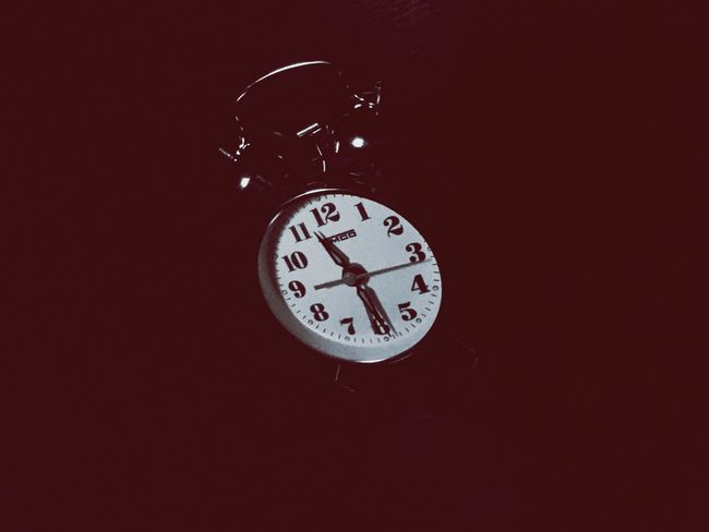 Sweet Blood Clock Time Instrument Of Time Number Clock Face Indoors  Red
