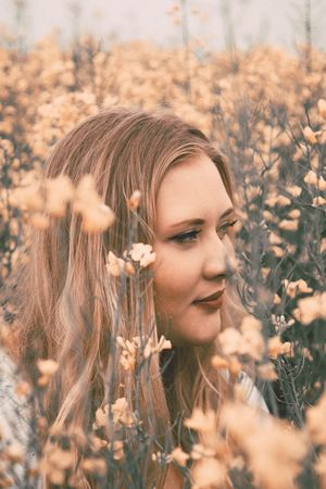 Field Beautiful Woman Beauty Nature Long Hair Outdoors Portrait Flower Beauty In Nature Springtime Photo Photoshop Outdoor Photography Photographer The Portraitist - 2017 EyeEm Awards Photo Of The Day Photoshoot Photoart Girls Summer Lifestyles Make-up Yellow Flower