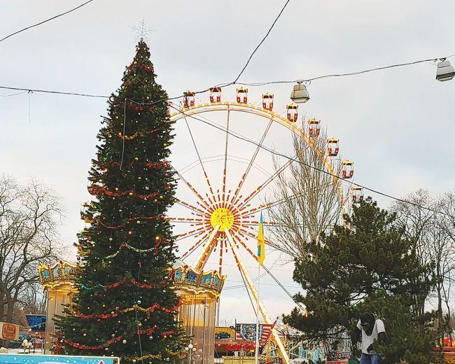 Amusement Park Christmas Ferris Wheel Christmas Decoration Christmas Tree Arts Culture And Entertainment Tree