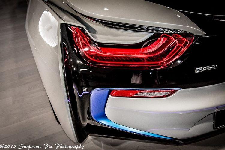 i8 tail light eye??? Bmw Bmw I ♥ It Bmw Car BMW Welt  Bmwi8 Bmwmagazine Car Photography Car Porn Autoportrait Automotive Photography