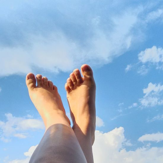 Home Is Where The Art Is Summer Taking Photos Enjoying Life Check This Out Hanging Out Hello World Having Fun Outdoors Photograpghy  Vegas Baby Driving Around Feetselfie Clouds And Sky Waiting to go shopping and happened to stick my feet out the window!😁