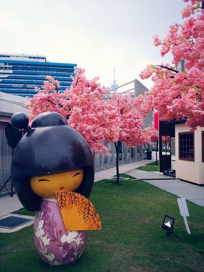 KimonoStyle Kimonogirl Kimono♡ Kimonofigurine Eyeemphotography Japanese Culture Sunnyday☀️ Sakuraflowers Naturelovers EyeEm Nature Lover Japanese Garden Yokoso Sakurablossoms Eyemphotography Kuala Lumpur Malaysia