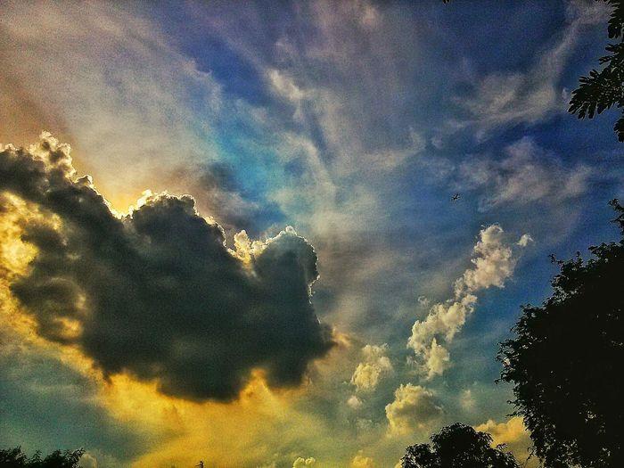 cloud Relaxing Enjoying Life Waiting Sunrise
