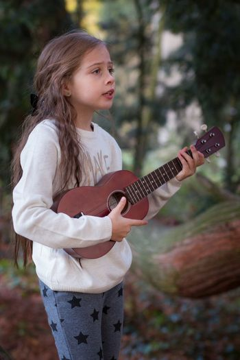 Singing Nature Child Children Photography Cute Young Girl Girl Portrait Photography Kind Portrait Canon Photography Outdoors The Week On EyeEm Beautiful Autumn Day
